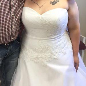 Dresses - Wedding dress plus size